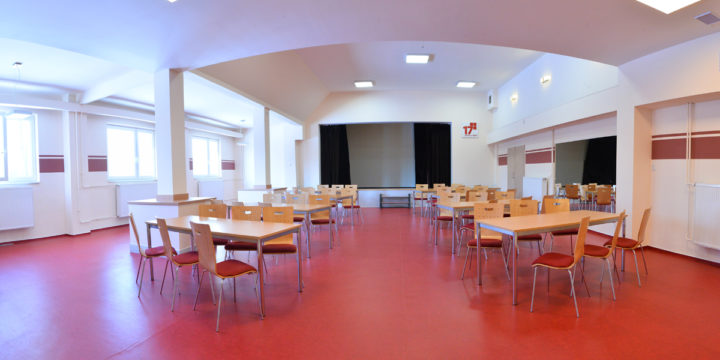 Společenský sál po rekonstrukci prokouknul…